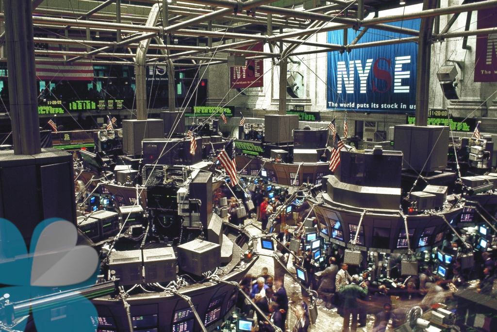 Para invertir en bolsa en la bolsa de NYSE necesitas un broker